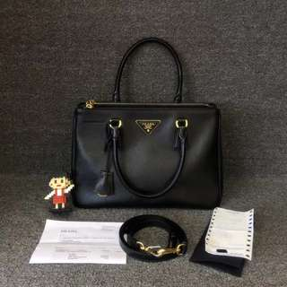 💯% Authentic Prada Saffiano Lux