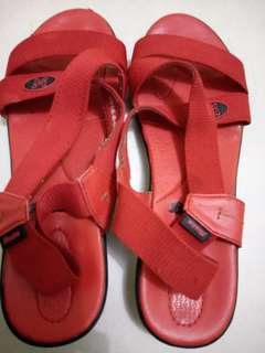 Sepatu Sandal Wanita Bata