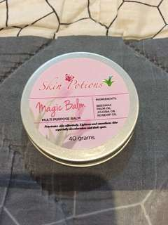 Skin potions magic balm