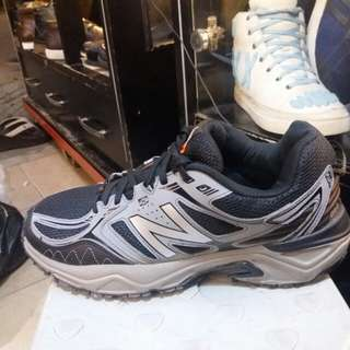 New Balance traking running
