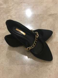 Preloved Charles and Keith Ladies Flat shoes
