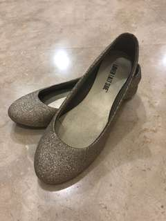 Pre loved Ladies Flat shoes