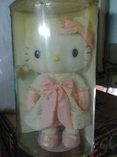 Hello Kitty 2005年珍藏公仔