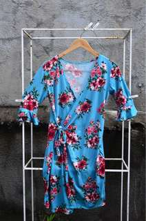 Flordeliza Wrap Dress