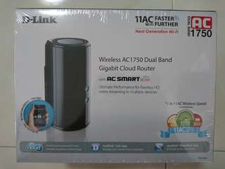 BNIB dlink dir-868L wireless ac1750 dual band gigabit cloud router