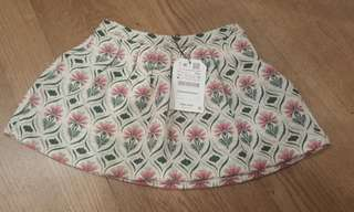 (NWT) Zara skirt 104cm (4yrs)