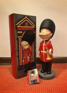"Limited Edition ""London Ceremonial Guard"" Rose Chan Doll *BNIB*"