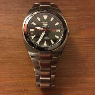 🚚 Seiko 精工五號機械不銹鋼錶