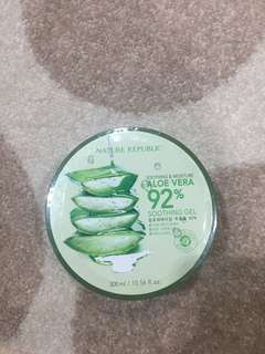 NATURE REPUBLIC SHOOTHING GEL
