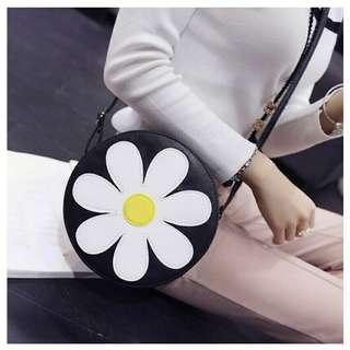 Daisy Sling Bag