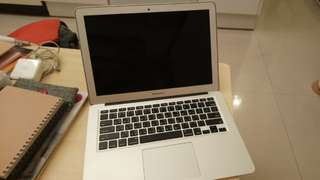"破盤價!MacBook air 13""  2014"
