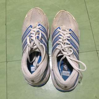 ADDIDAS boys shoes size 36 Eur or 4 US