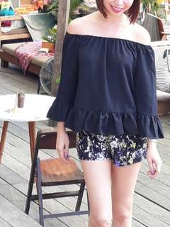 Sabrina top by Mono in Style