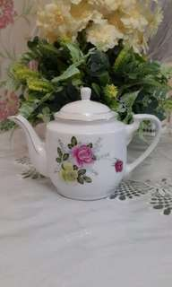 Teapot Roses Yellow and Pink