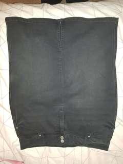 Black denim knee length skirt size 14