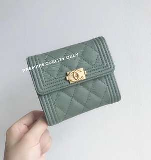 Chanel Boy Caviar Wallet in Green
