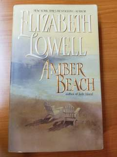 "Elizabeth Lowell ""Amber Beach"" Book"