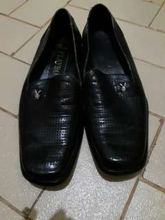 Sepatu fantovel
