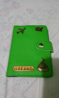 passport holder without lock
