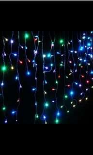 Batteries run curtain lights