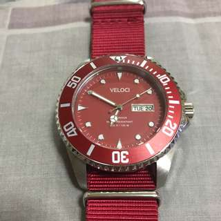 Veloci VE1044K (Red) used once