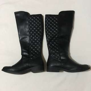 Payless Winter boots with zip