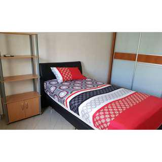 2 x Common Room in Hougang Ave 8 for rent