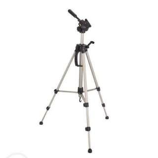 Professional Camera/Camcorder Tripod