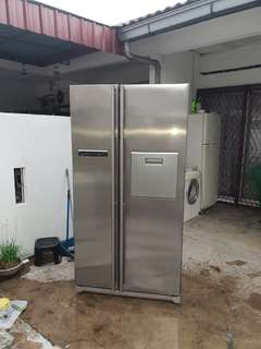 Used Samsung side by side 2 door fridge refrigerator 560L peti sejuk peti ais in good condition