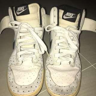 Authentic Nike Dunks Black & White
