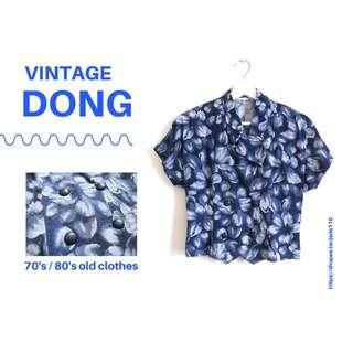 🚚   咚 咚 Vintage  日本古著-魍魎之匣暗礦藍短袖衫