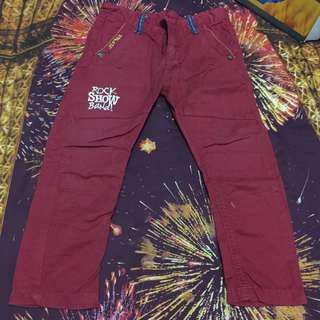Celana panjang merah JSP