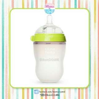 ‼️RESTOCK‼️ COMOTOMO Bottles Medium Flow 8oz (GREEN and PINK)
