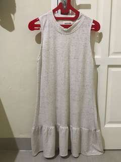 DRESS THIS IS APRIL