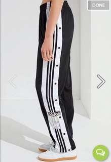 🚚 adidas排釦褲