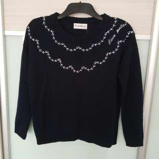 Embroidery Pullover