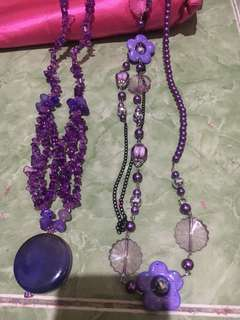 Kalung ungu batu batu cantik. Handmade. Kondisi masih mulus. Freongkir jabodetabek.