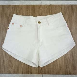 White Jeans Hotpants