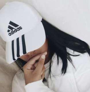 🌻 Adidas Cap