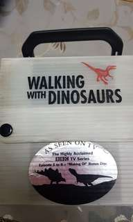 *Walking with Dinosaurs. Vintage!