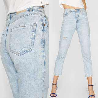 STRADIVARIUS MOM FIT JEANS