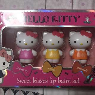 Hello kitty lip balm set