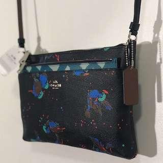 Coach crossbody bag w/detachable purse