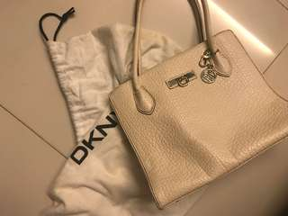 DKNY 手袋