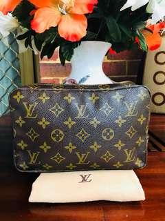 Authentic Vintage Louis Vuitton Trousse 23 Accessories Clutch