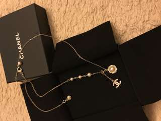 Chanel Necklace ( 可長戴可短戴)