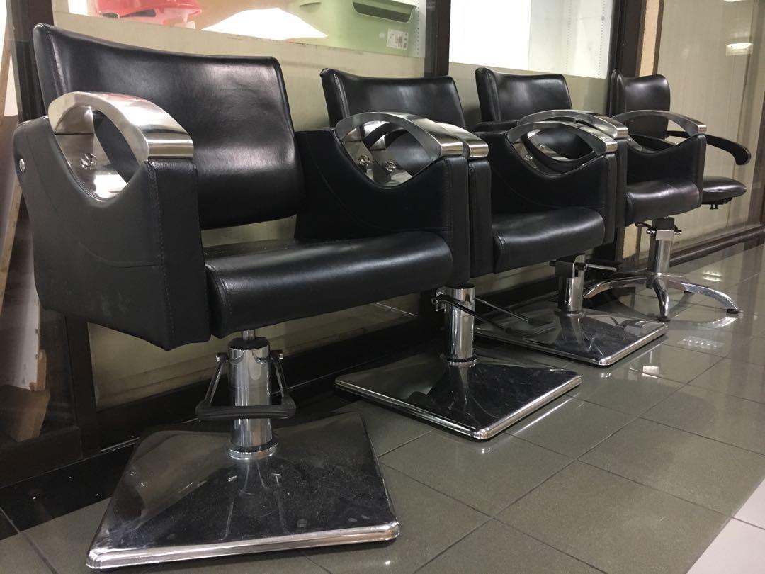 4 professional salon chairs
