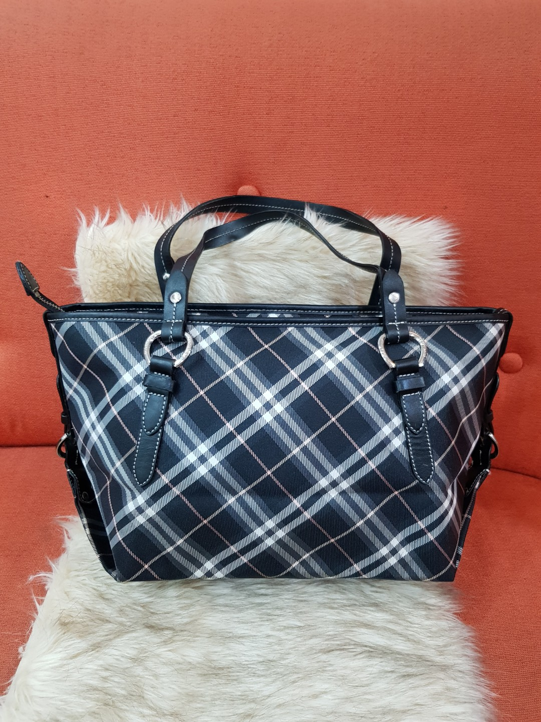 Authentic Burberry Blue Label Nova Check Medium Tote Bag, Luxury, Bags    Wallets on Carousell fad585a786