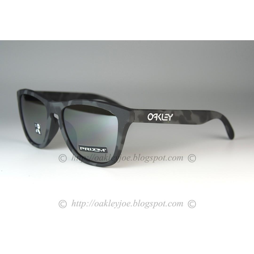 61ead99fa30 BNIB Oakley Frogskins Asian Fit black camo + prizm black iridium ...