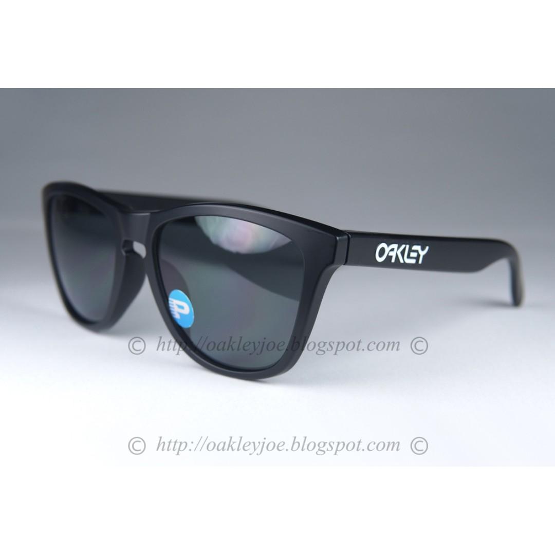 09ba1ea3d103a BNIB Oakley Frogskins Asian Fit matte black + grey polarized oo9245 ...